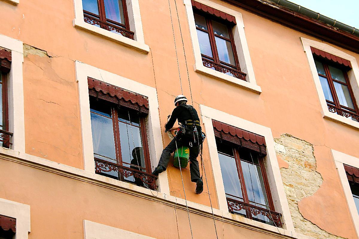 Оборудование для снятия краски с фасадов зданий качественные наливные полы